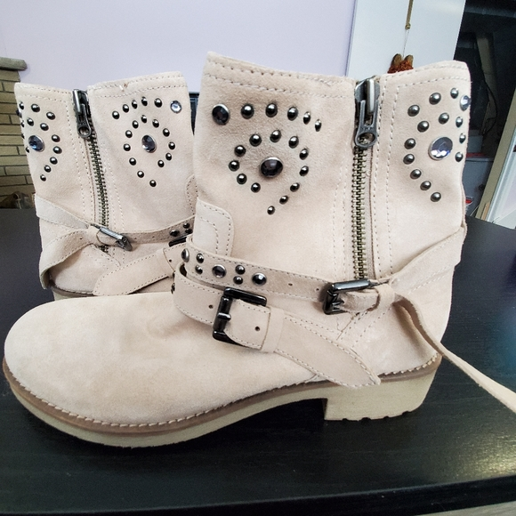 Geox suede booties with buckles and embellishments